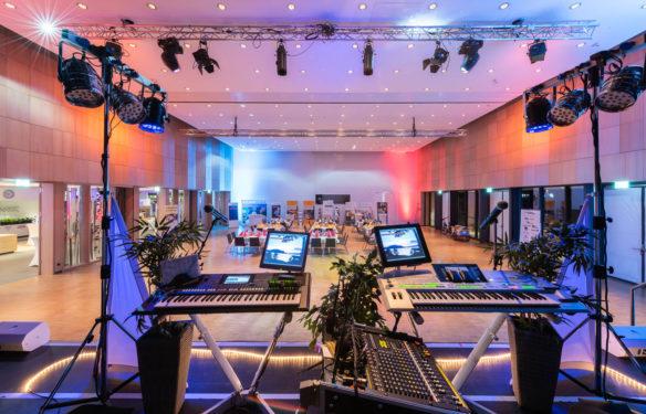 Kurhaus Saal Buehne Kurhaus c BBM Markus Tiemann web